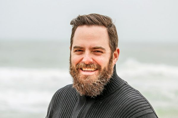 adult-beach-beard-736716